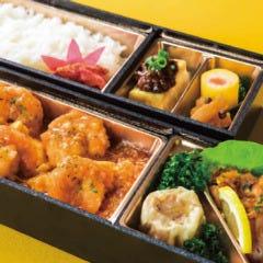 海老と玉子のチリソース中華弁当[2段]【要予約】