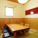 完全個室は純和風の趣ある空間。お座敷席・テーブル席など有り