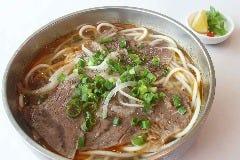 ピリ辛牛すじスープ麺(ブンボーフエ)