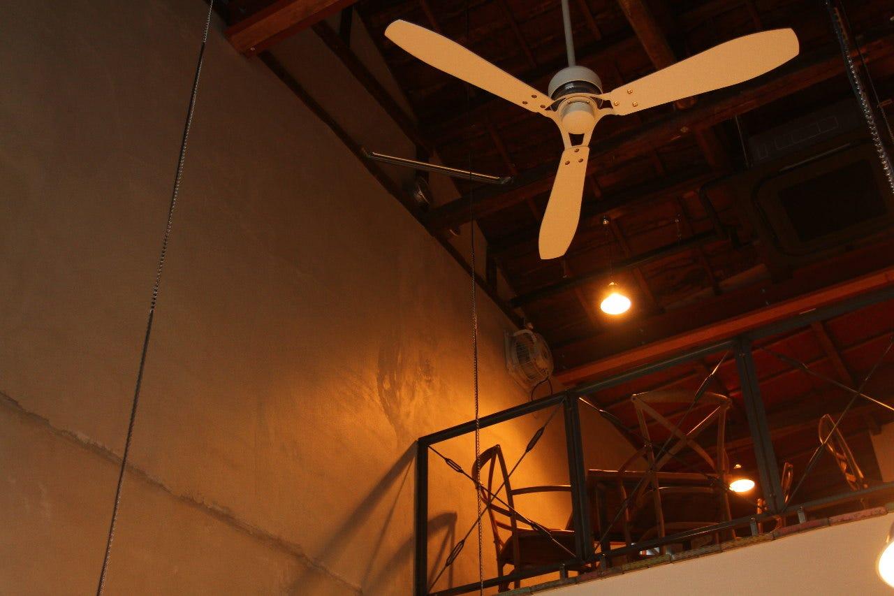 ノスタルジックな空気と伝統フレンチ
