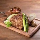 麗山高原豚と旬野菜のグリル、サルサソース