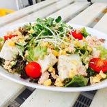 ツナと豆腐のヘルシーサラダ