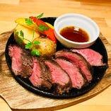 国産牛の鉄板ステーキ