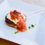 チーズつくねトマトソース掛け串