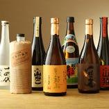 店主おすすめの焼酎・日本酒を常時20種以上取り揃えております