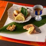 四季を表現したような繊細な盛り付け。目と舌で味わう日本の旬。