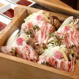 季節の野菜や魚介を使った板前の一品料理をどうぞ