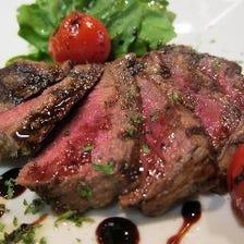特選・牛フィレ肉のタリアータ、バルサミコソース