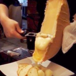 ハイジでおなじみの魅惑のラクレットチーズ