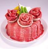 お祝いお肉ケーキ