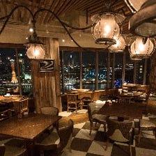 どの席からも望める神戸の夜景