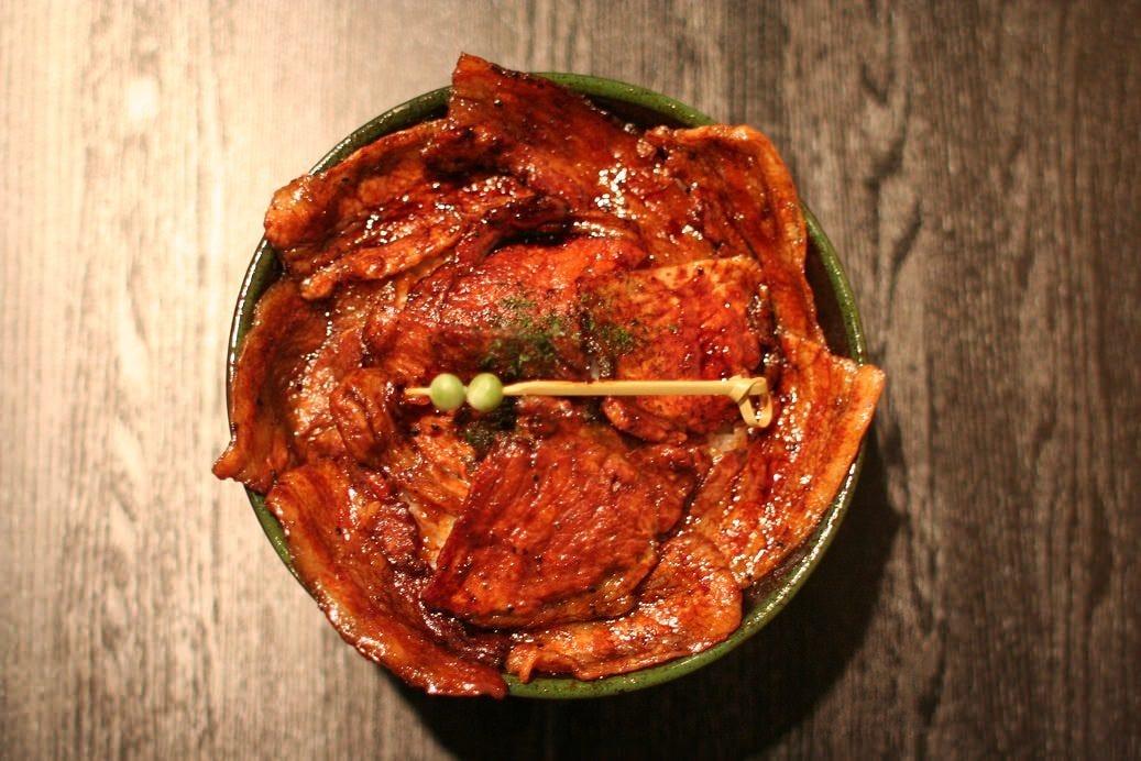 帯広名物 炭焼き 豚丼