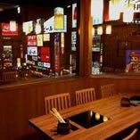 夜景の見えるテーブル席個室