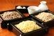 毎日届く蕎麦の実を、な石臼挽き自家製粉。こだわり手打そば。
