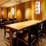 最大60名様まで対応可能なテーブル個室は、大人数の宴会や企業パーティーでもご好評をいただいております
