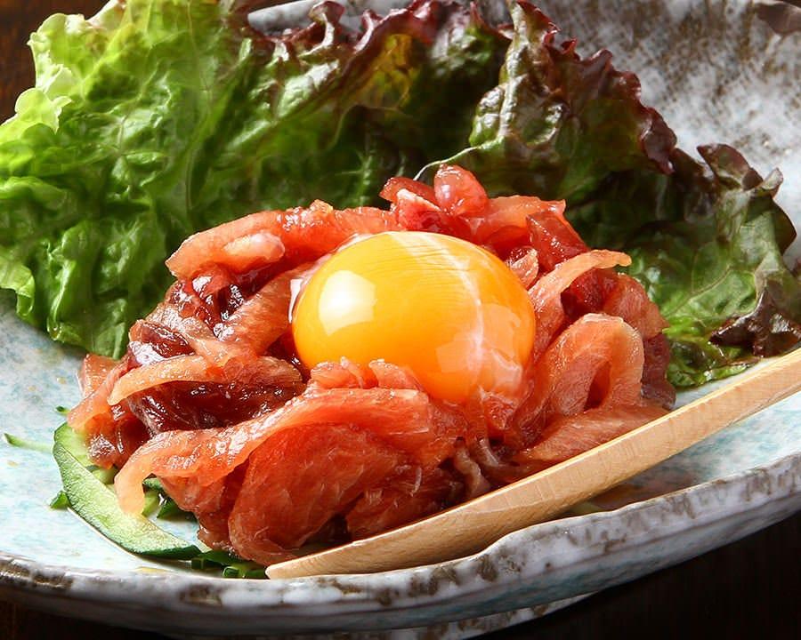 【ディナー限定コース3名様から受付】鮪のど肉ユッケと海鮮丼三崎港鮮魚のコース 3000円(コース料理のみ)