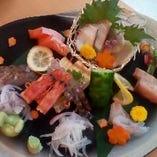 【新鮮魚介】 活きのいい旬の地魚で季節を感じる幸せ◎