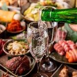 日本酒好きのみなさまに朗報!当店では全銘柄グラスでのご提供もしております。少人数での飲み比べにはグラスがオススメ♪