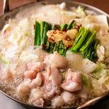 寒い夜にはお鍋で決まり♪お得な鍋付きコースもございますよ。