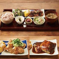 カフェソラーレTsumugi エトモあざみ野店