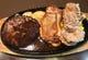グリルチキンと唐揚げ2個、ハンバーグのセット、鶏コンボ。
