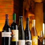世界各国のワインを取り揃えております!