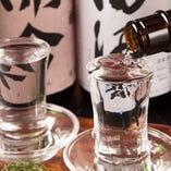 こだわりの日本酒・焼酎を多く取り揃えております。