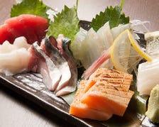 市場に買い付け新鮮魚介類