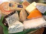 チーズは適当な熟成加減で提供させていただきます。