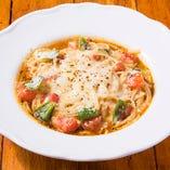 【スープスパゲッティ】糸引きチーズのトマト