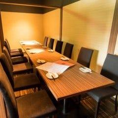 テーブル席・完全個室(壁・扉あり)・12名様まで