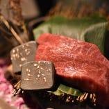 松阪牛を仙台で味わえるのは当店のみ。仙台牛との食べ比べがおすすめです。