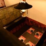 テーブル、掘りごたつ、お座敷とシーンに合わせたお部屋をご用意