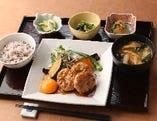 【季節限定】蓮根入り 照焼きハンバーグ定食