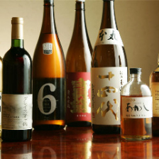 全国から仕入れるの上質な地酒の数々