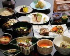 季節薫る日本の粋な会席料理を愉しむ