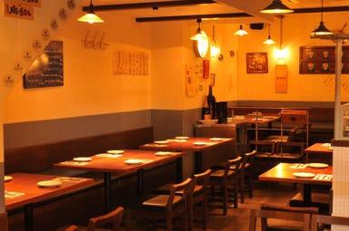 オイスター&ワイン ペスカデリア 赤坂店 店内の画像