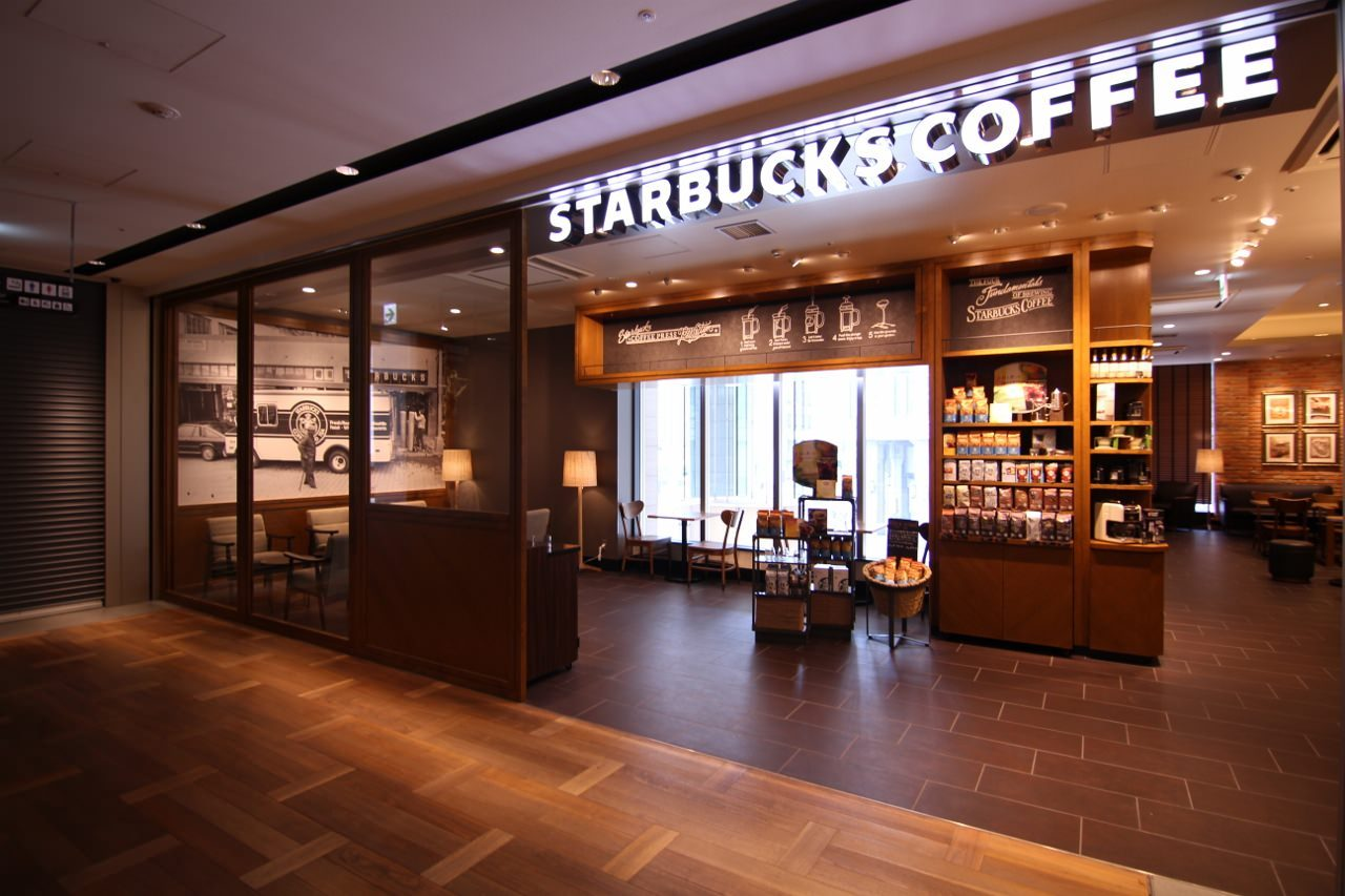 スターバックスコーヒー LAQUE四条烏丸店