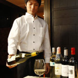 ワインアドバイザーがシーン・お好み・ご予算に合わせたワインをご提案