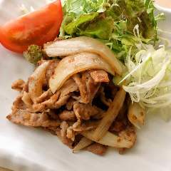 豚生姜焼き弁当(お味噌汁付き)