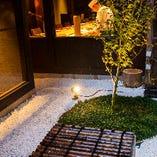 お庭を眺めならお食事が楽しめる1階フロア