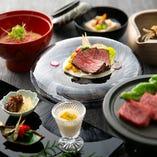 日本三大和牛の近江牛をしゃぶしゃぶやすき焼きでお楽しみください