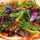 紀伊国野菜のピザ