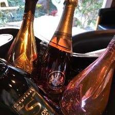 共にシャンパンやワインもご堪能