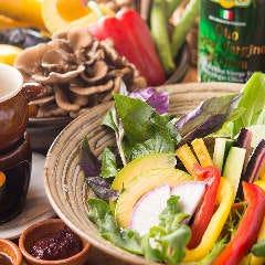 ベジバル Itaru 池袋店 ~Vegetable Bar & Organic~