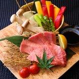 鳥取和牛「オレイン55」、大山鶏、大山豚と魚介以外も豊富!