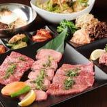 自慢のコース料理は飲み放題付で5000円から♪