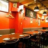 大人数の宴会もできるテーブル席をご用意♪美味しい馬肉料理とワイン・日本酒♪