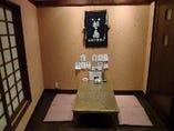 2階は個室が7つのお座敷席です。ふすまを取れば大人数にも対応できます。
