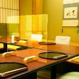 ご希望に応じて、お食事中の飛沫を防ぐアクリル板の設置が可能です。